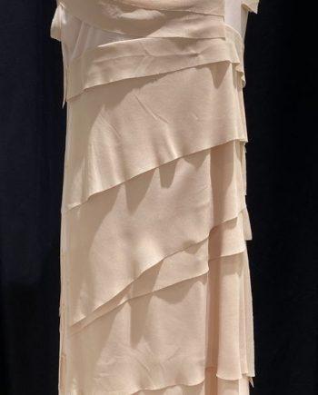 Kitana mekko